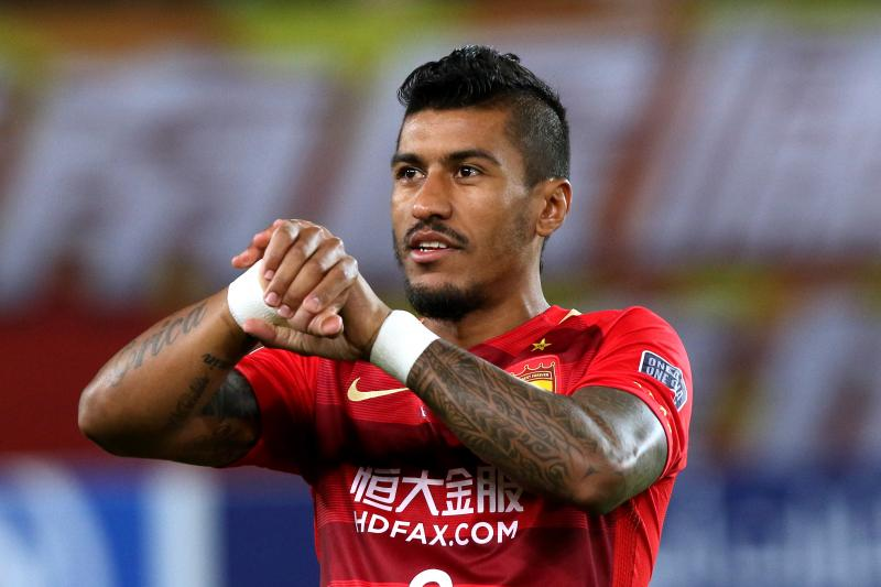 Barcelona sign Paulinho