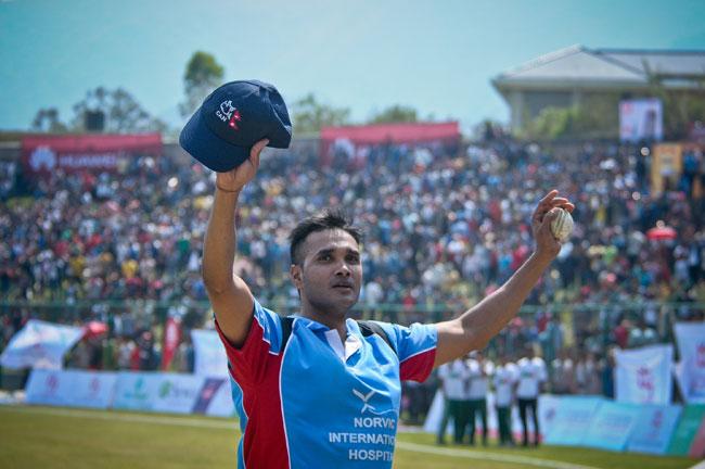विनोद दास - 'क्रिकेटले जे दियो, त्यो फर्काउन लागेको छु'