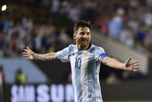 messi scores hatrick against Panama
