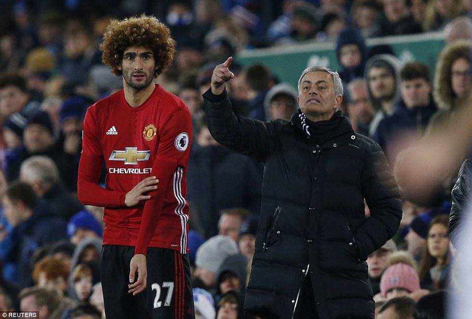 Fellaini mourinho manchester united