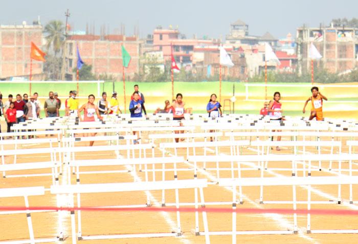 hurdle-female