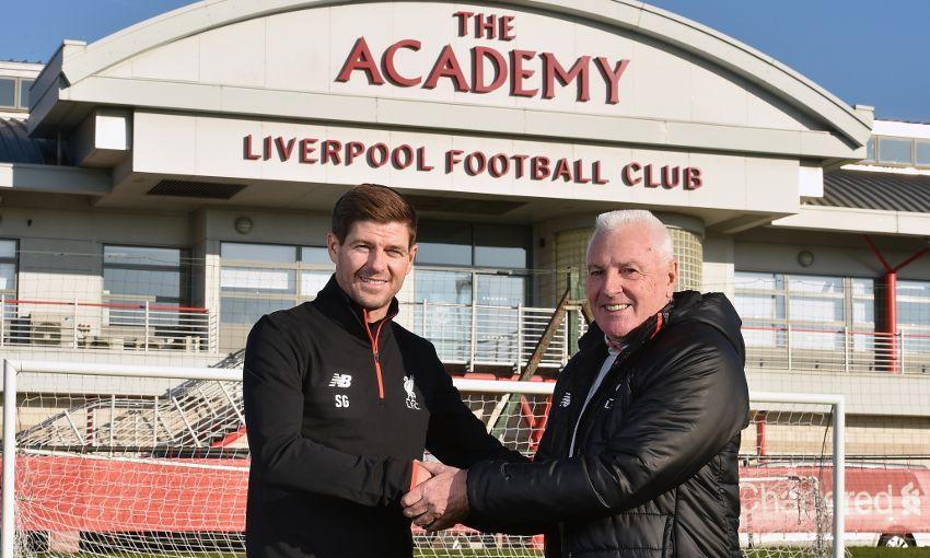 gerrard-coach-liverpool-academy