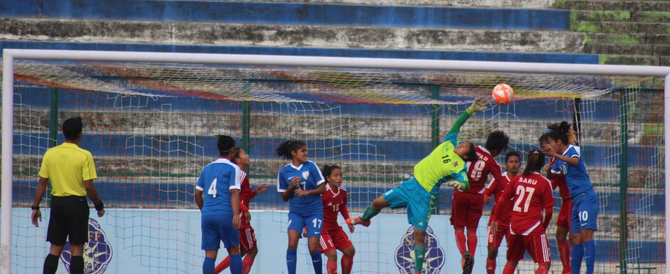 नेपाल र भारतबीचको साफ च्याम्पियनसिप सेमिफाइनल [फोटो फिचर]