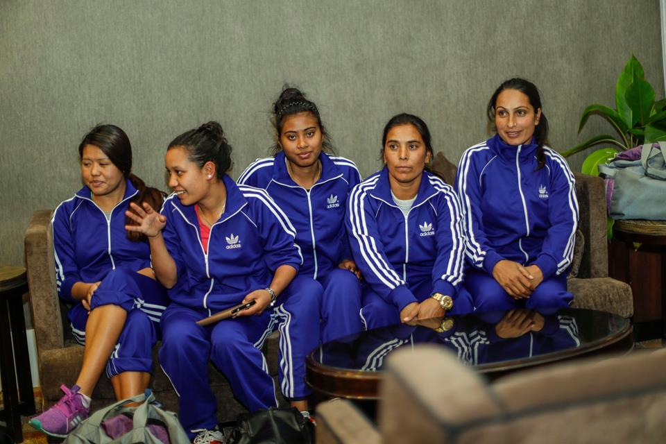 women-volley-5