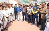 राष्ट्रिय टिम तयारीका खेलाडीसंग सदस्य सचिवको भेट