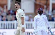 इङ्ल्यान्डलाई टेस्ट श्रृखंला , वेस्ट इन्डिज ९ विकेटले पराजित