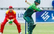 दोहोरो शतक बनाउंदै पाकिस्तानी ब्याट्सम्यान जमानले रचे इतिहास