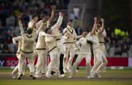 इंग्ल्यान्डलाई हराउँदै अष्ट्रेलियाद्वारा एसेज ट्रफी रक्षा