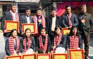 साग पदक विजेता भक्तपुरका खेलाडी नगदसहित सम्मानित