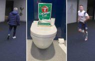 खेल हुँदाहुँदै शौचालय गएपछि..