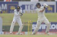 इंग्ल्यान्डविरुद्ध श्रीलंकाको बलियो अग्रता
