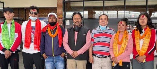 भारत जाने ब्याडमिन्टन टोलीको दुई ठाँउमा विदाई